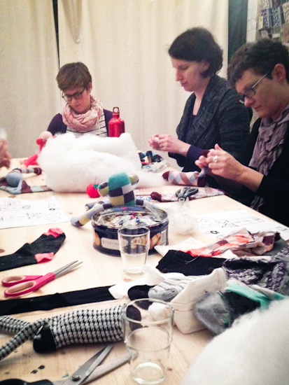 gidsy-sock-monkey-workshop-2
