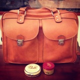 DIY: How to clean an old and dirty leather bag like a pro